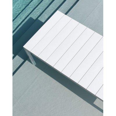 Particolare tavolo Rio colore bianco