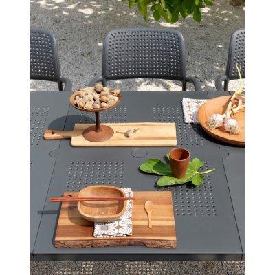 particolare set tavolo Levante con sedia bora colore antracite