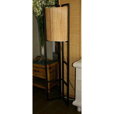 lampada legno e stuoia