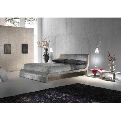 comodino Kristall, letto Wave e armadio 6 ante battenti Light