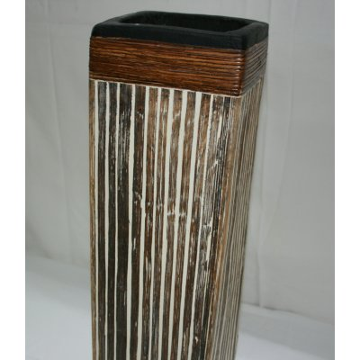 Vaso quadrato in terracotta rivestito in bambù