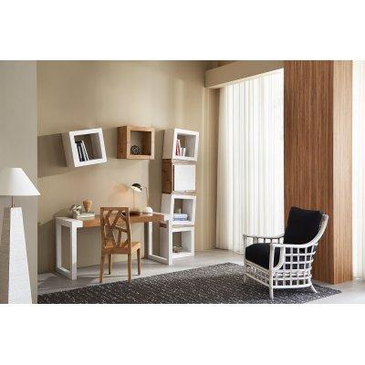 scrivania Stone con gambe miele antico e piano frassino nero, lampada essential, poltrona Tiffany