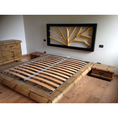 Giroletto Virunga contenitore con testiera Ramo, comodino tsu 1 cassetto tinta miele, fondo per letto in bambù