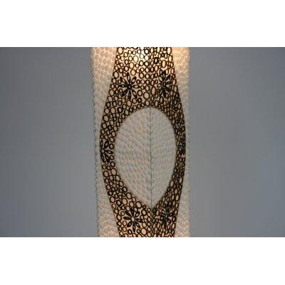 particolare lampada Conchiglie e Bambù