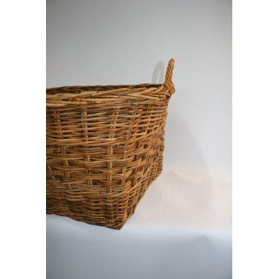 particolare cesto porta legna Giacarta