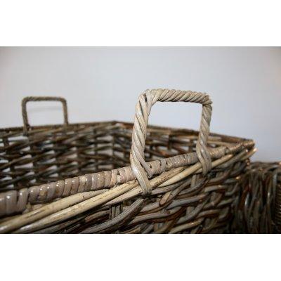particolare telaio in ferro ricoperto di legaccio cesto copri vaso modello Charlotte
