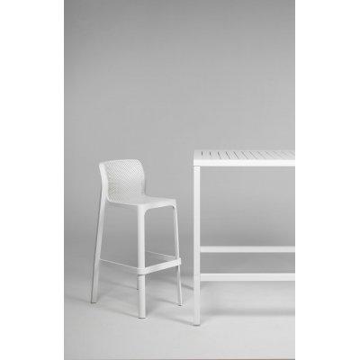 sgabello net Stool colore bianco e tavolo Cube