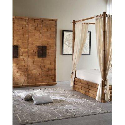 particolare letto Monsoon contenitore con baldacchino e set tende