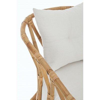particolare poltrona Galdera con cuscini in giunco naturale