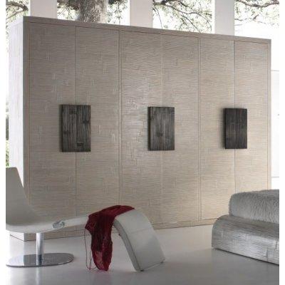armadio Light sei ante battenti decapato bianco con maniglie colore nero