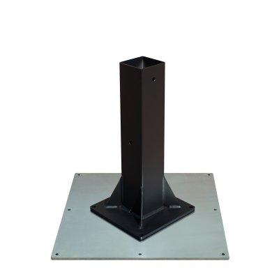 esempio di contropiastra in acciaio zincato con base da fissare.
