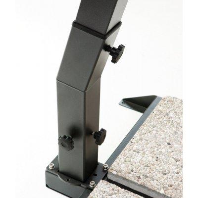 particolare base ombrellone a braccio in alluminio modello Leonardo braccio escluso misura 4 x 4