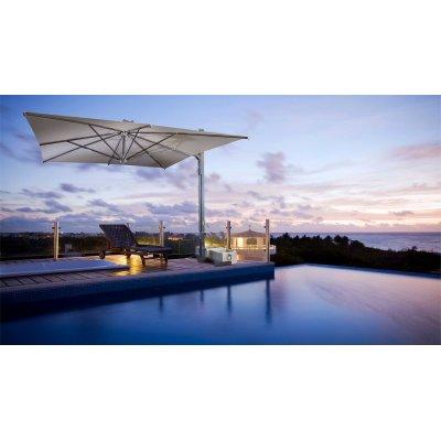 ombrellone retrattile Galileo Inox, tessuto Ecru senza volant, base in appoggio, vasi in cemento bianchi