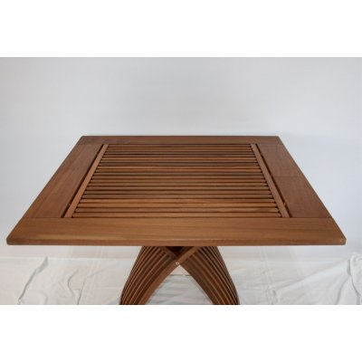 particolare tavolo modello Mocca