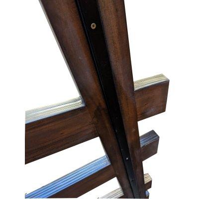 particolare telaio in acciaio zincato e colorato nero del tavolo Cross