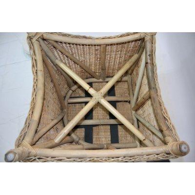 poltrona  Niagara in giunchino naturale - particolare del telaio e delle cinghie poste a rinforzo della seduta.