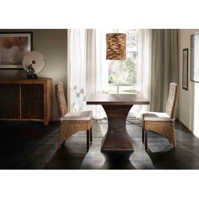 sedia Tropical con tavolo clessidra con piano quadrato